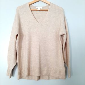 H&M Relaxed Fit Long sleeve V-neck Sweater Cozy Dropped Shoulders Sz. XS
